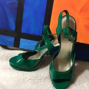 Green xhilaration heels